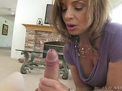 Stiffy starved cougar getting down and sloppy in this pov flick