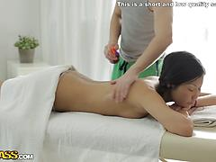 Chinese xxx act during a nasty rubdown session