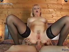 Experienced cougar Virginia Milf gets her huge gaping anal fucked